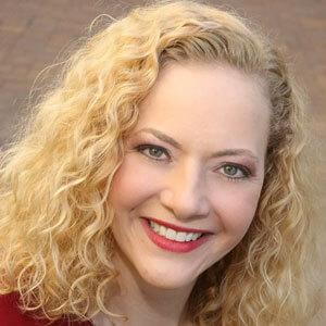 Dr. Kristin Kahle